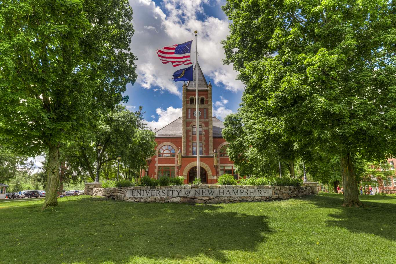 University Of Nh >> Experience Unh Durham In Virtual Reality