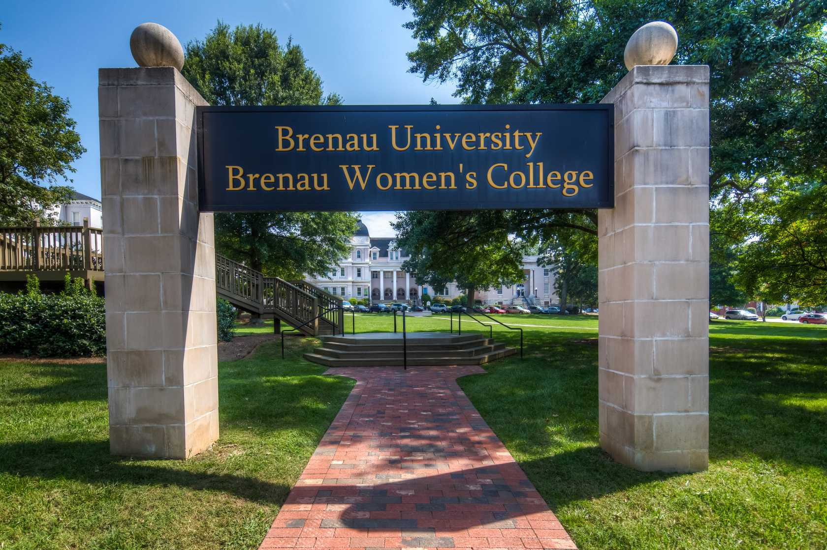 Experience Brenau University In Virtual Reality