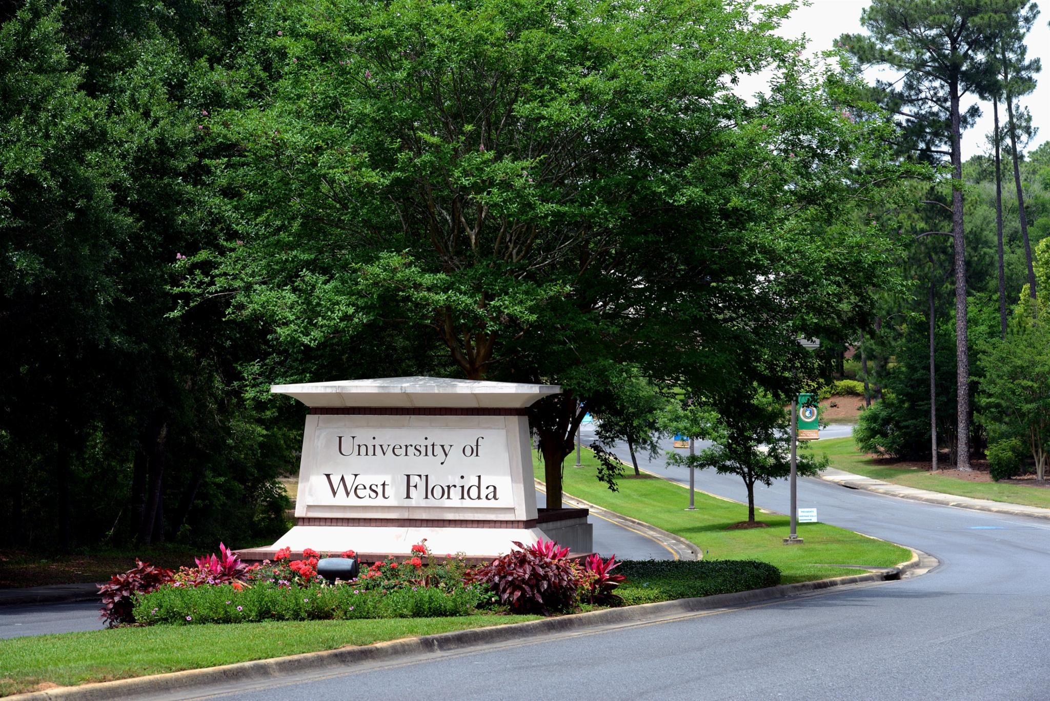 """Résultat de recherche d'images pour """"University of West Florida campus photos"""""""